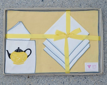 Placemats and Napkins 8 Piece Set, Victory Luncheon Set No.6296 Yellow Black Grey Teapot