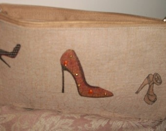 High heel cosmetic small pouch