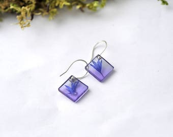 Cornflower small resin earrings, square ultraviolet earrings, sterling silver 925, botanical jewelry, minimal style, natural jewelry