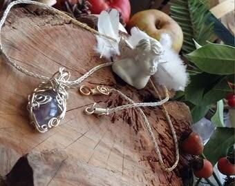 Unique - Collier entièrement fait main en cuivre plaqué argent et plaqué or. Améthyste en pendentif fait