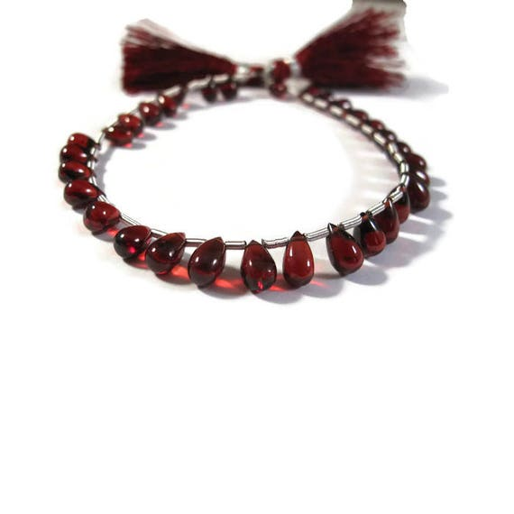 One Strand of Garnet Beads, Red Red Red Smooth Garnet Briolettes, 32 Stones, 5mm x 3mm - 7mm x 5mm, Gemstones, January Birthstone (Luxe-Ga1)
