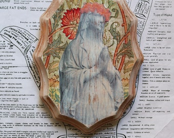 Virgin Mary, Madonna, Statue, 5 x 7, Scalloped, Plaque, Original, Art, Mixed Media, Miniature, Photography, Wood, Floral