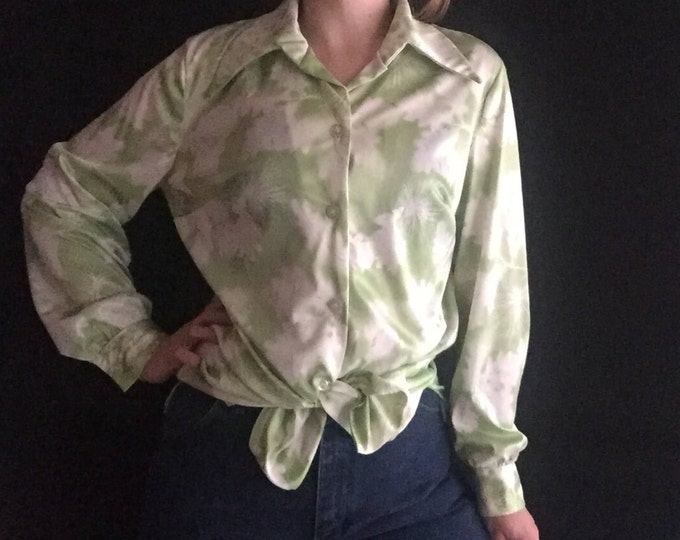 Watercolor Button-Up | L green // white long sleeve abstract floral 70s women unisex lapel collar SHIRT large clouds art print