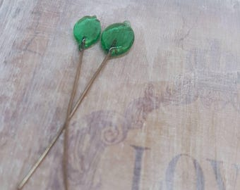 2 lampwork glass headpins, green leaves, SAHP24