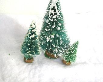 vintage bottle brush miniature evergreen trees w wood basemid century tiny snow covered - Snow Covered Christmas Trees