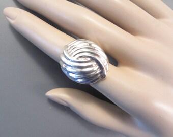 Bold Vintage Sterling Modernist Swirl Ring Size 7