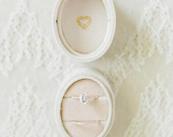 VELVET RING box, wedding rings box, french ring box, vintage velvet ring box, engagement wedding ring box, vintage style, gift for mrs. ring