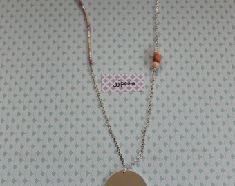 Necklace rose pattern and tassels