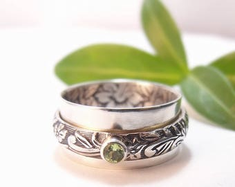 Spinner Ring Womens Ring Wide Band Silver Ring Sterling Silver Statement Ring Pea Patch Peridot Ring Green Stone Ring Floral Ring