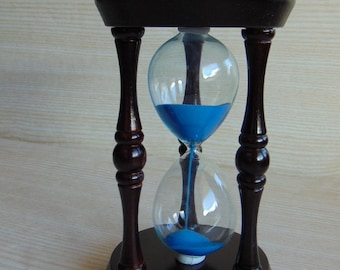 Vintage wooden hourglass,  Brown wooden hourglass  with blue sand, Collectible hourglass sand glass, vintage sandglass timer