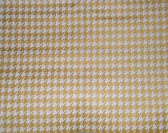 1 1/2 Yards Metallic Gold on White HOUNDSTOOTH Print 100% Cotton Quilt Crafting Fabric