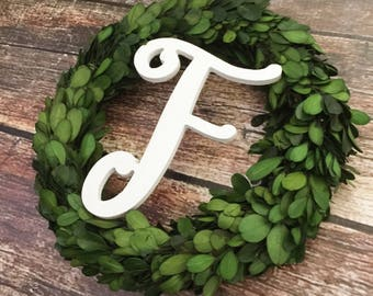 Boxwood wreath with monogram, monogram wreath, boxwood, wreaths