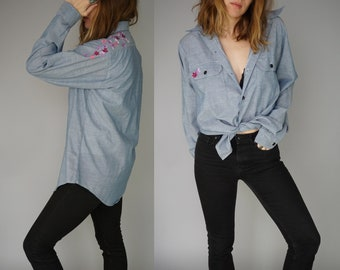 1970s SEARS Roebuck & Co. Embroidered Chambray Button Up Shirt | Embroidered Flowers Floral Button Down Shirt | Boho Hipster | Made in USA