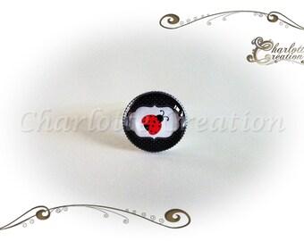 """""""Ladybug"""" round glass cabochon ring"""