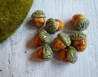 1 perlina ghianda verde in ceramica - ghianda ceramica - collana ghianda - perlina ghianda - gioielli boho - per amante natura - ghianda