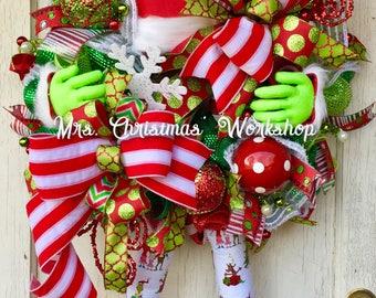 Christmas wreath, elf wreath with legs, deco mesh wreath, elf wreath, Christmas elf