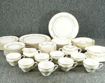 Vintage Pope Gosser Jerome 69 Piece Porcelain Dinner Set