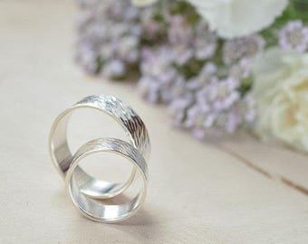Silver textured rings set, Wedding bands, Rings set forged shining 925 silver, hand hammered, boho style unusual, Alternative Engagement