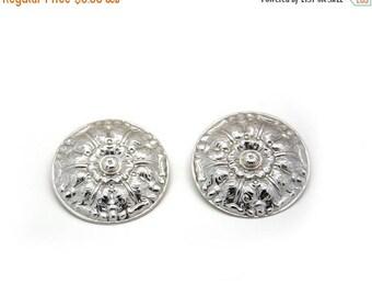 On sale Vintage earrings. Pierced ears. Round earrings. Retro jewelry
