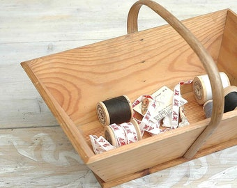 Vintage French wooden caddy