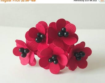 30% OFF 10 20mm Red paper flowers / red and black flowers