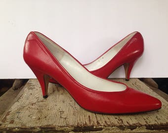 80s Liz Claiborne Womens 9 N Stiletto Pumps Fire Engine Red Leather