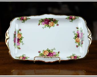 Vintage Royal Albert Old Country Roses Sandwich Tray made in England, Near Mint