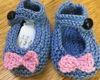 Knitted Baby Shoes, Baby Shoes, Knitted Baby Mary Jane Shoes, Knitted Shoes, Hand knitted Shoes, Mary Jane Shoes, Baby Mary Jane