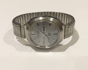 Vintage Automatic Citizen Stainless Steel Gents' Watch. Ref 61-8471. Day & Date.