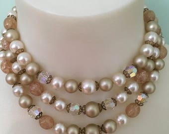 Vintage 1950s champagne colored lucite beaded necklace