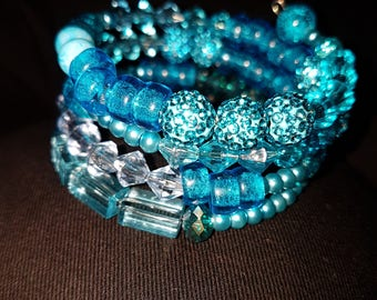 Sparkly Turquoise Memory wire beaded  bracelet