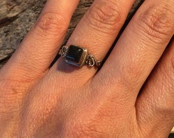 Black Onyx Ring...Vintage Ring ..Sterling Silver Ring...Handcrafted....Vintage...Gypsy...Hippie...Gift...Vintage Shop..