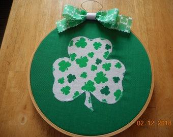 wood hoop wall hanging, St. Patrick's Day wall hanging,SHAMROCK,8 inch hoop
