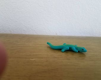Ceramic Tiny Lizard (#918) ( Deep Turquoise and green)