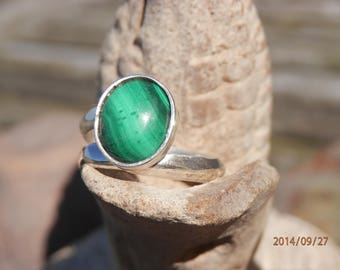 Natural discretion, Sterling Silver Malachite Adjustable ring