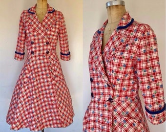 Vintage 50s robe, 50s quilted robe, quilted cotton robe, red check robe, lucy robe