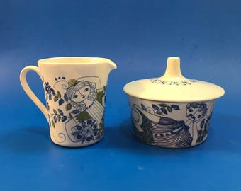 Figgjo Flint Lotte , Hand painted Silkscreen Covered Sugar Bowl and Creamer Set, Lotte Turi Norway,