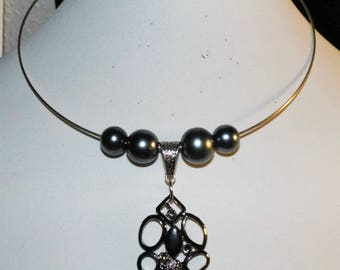 The Choker with silver metal charm