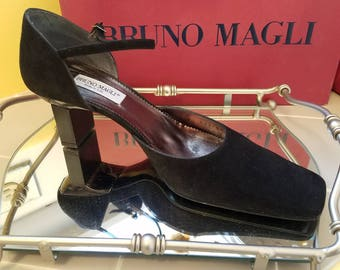 Bruno Magli Mary Jane, Square Toe, Rectangular Heel Pumps in Black - Size 8 - Made in Italy