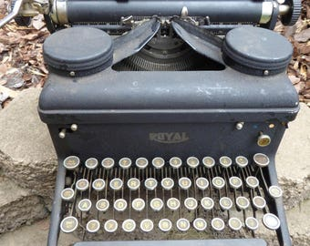 Black Royal Typewriter
