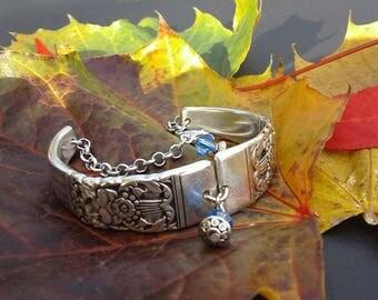 """Bracelet w/ """"Coronation"""" pattern"""