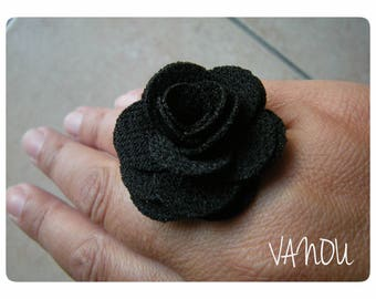 fabric on pretty bronze flower ring