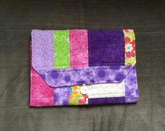 Portable Diaper Changing Pad: Purple Daisy