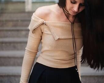 Women's Tops / Women's Blouses / Crop Knitted Top / Long Sleeve Top / Off-The-Shoulder Top / Beige Top