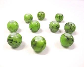 10 pearls 8mm (N-32) glass black, lime green