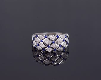 14k Textured Lattice Blue Enamel Dot Accent Band Ring Gold