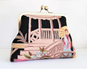 "Two Geishas at the Bridge Taupe Pagoda on Black Ground Vintage Barkcloth Fabric 6"" Antique Brass Kisslock Frame Clutch Wristlet Crossbody"