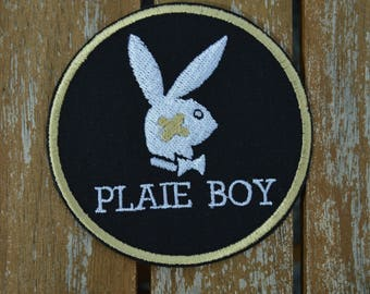 Black play boy embroidered badge