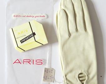 New Vintage Aris Ivory Cotton Dress Gloves size 6.5