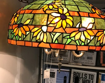 Hand made stain glass sunflower lamp.